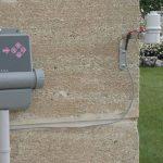 Automatische Bewässerung des Gartens mit speziellen Bewässerungsvorrichtungen